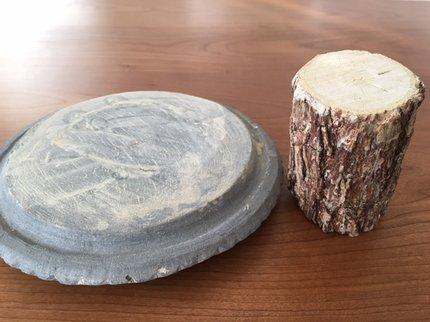 タナカの木と石.JPG